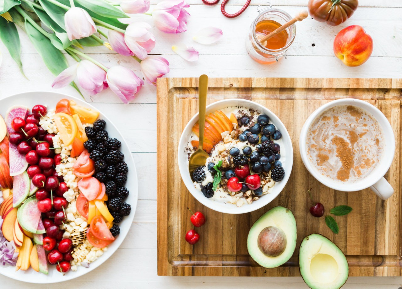 Best Anti-Aging Foods to maintain the Healthy Body